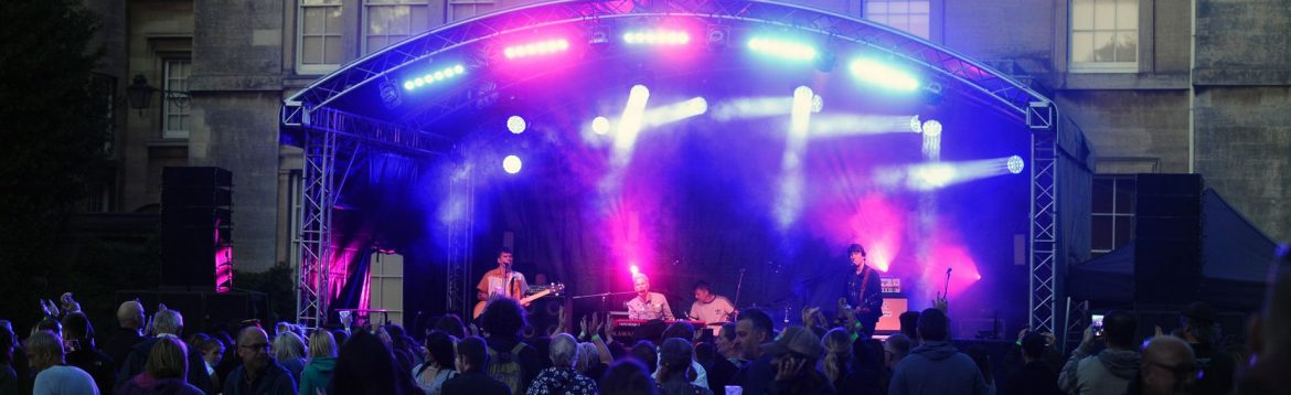 Toploader at the Normanby Hall Party in the Park by David Haber