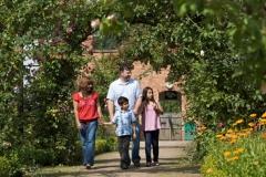 Walled garden family